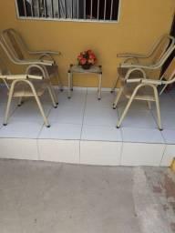 Conjunto de cadeira de  área