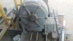 Guincho BRADEN 50 ton