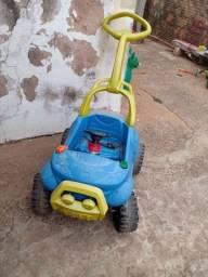 Carro de pedal infantil