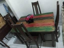 Mesa com 4 Cadeiras em Madeira Pátina