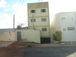 Ótimo apartamento de 2 dormitórios no Jd. Anhanguera