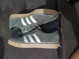2 Tênis Adidas Adi-ease Tam. 40
