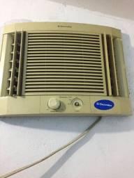 Ar condicionado Eletrolux - Leia a descrição