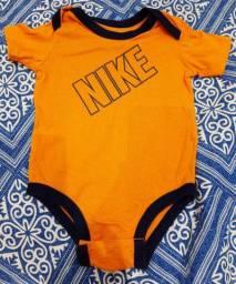 Body Bebê Nike Original - Tamanho 3 a 6 meses