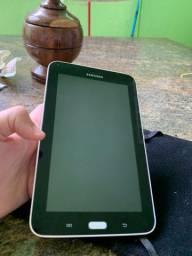 Vendo tablet samsung smt110 R$400,00