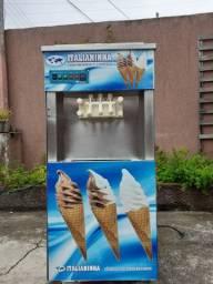 Vendo máquina de sorvete (Italianinha)