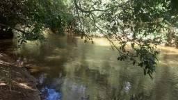 Chácara com 21.633 m2 as margens do ribeirão pirapitinga com acesso ao ribeirão
