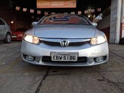 Honda -Civic LXS 1.8 - Completo