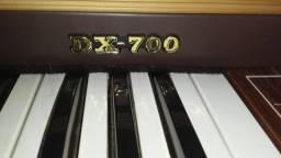 Órgão gambitt dx700