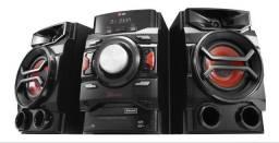 Mini sistem LG Troco por trio de carro