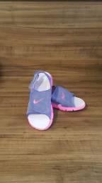 Sandalia Nike Lilas e Rosa<br>