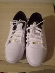 Tênis branco n 37