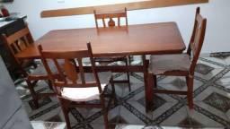 Mesa de jantar de imbuia de 4 cadeiras