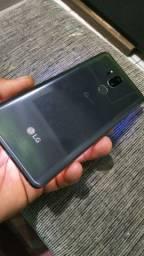 LG G7 top