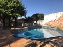 Casa no jaó com dois lotes 4 suítes área de lazer com sàuna e piscina