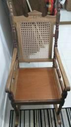 Cadeira de Balanço - Preço Reduzido!