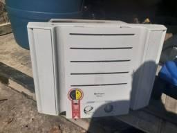 Ar condiciona springer 7.500 BTUs