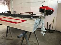 Barco de alumínio com motor 4 tempos