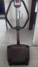 Plataforma Vibratória Athletic Adventure R$550,00 (Apenas 2 meses de uso, semi nova)