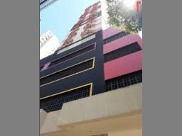 8027 | Apartamento para alugar com 2 quartos em ZONA 01, MARINGÁ