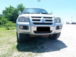 Pajero Sport 3.5 V6 - Aceito troca