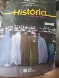 Livro de história volume único.