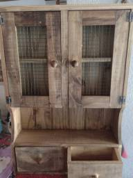 Armário de parede de madeira maciça rústico