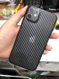 iPhone 11 preto, 64 gb. Apenas 2 meses de uso!