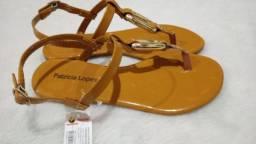 Sandália amarela super linda e confortável da marca Patrícia Lopes