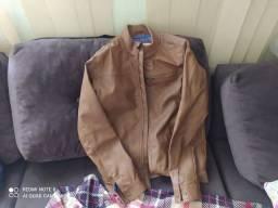 Vendo jaquetas seminovas sem detalhes uso.