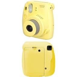 INTAX MINI 8 (câmera que imprimi a foto na hora)