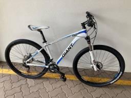Bicicleta Giant Talon 29er 2019 27V - Grupo SLX, com nota!