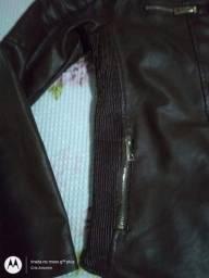 Jaqueta em Couro sintético