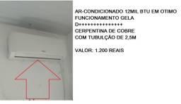 Título do anúncio: ar-condicionado 12mil btu em otimo funcionamento gela d+++++