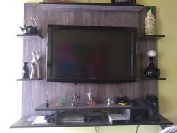 TV Panasonic LCD 32 polegadas e o painel de madeira MDF.