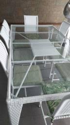 Mesa para área externa com 8 cadeiras