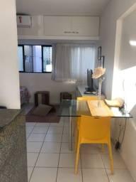 Alugo Studio Mobiliado ao lado do Shopping  R$ 1.600,00