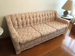 Sofar e outros móveis