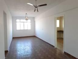 Apartamento amplo, 2 dormitórios, portaria, 1 vaga - Estuário