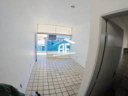 Sala comercial na Galeria Royal Center - Localizada na Pajuçara à 30m da praia