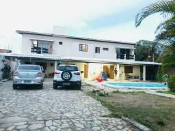 Suítes em casa grande Barra Nova