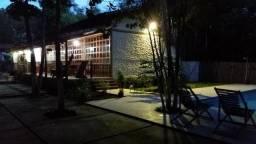 Alugo Pousada/Hotel às margens do rio Beija-flor