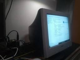 Monitores Modelo CRT