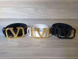 3 cintos fivela Valentino moda blogueira