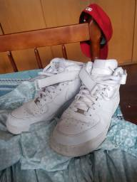 Tênis Nike Air Force One Mid 43/44