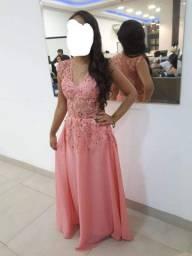 Venda vestido  usado  apenas  1 vez  200,00 reais