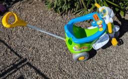 Triciclo Infantil com Empurrador