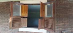 janelas antigas de pinho de riga