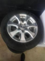 Roda Civic aro com pneus 205 55 16