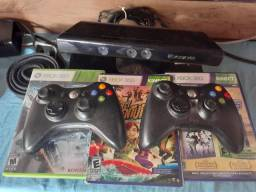 Hoje Xbox 360+2 controles+3jogos+kinect